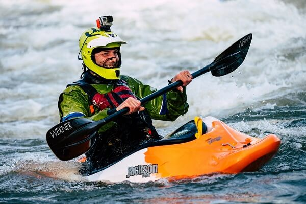 What to wear for kayaking in spring